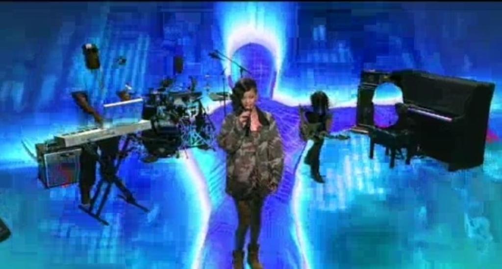 Rihanna7