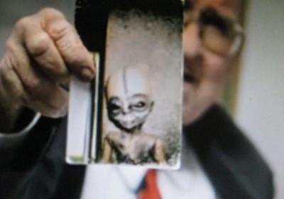 Boyd Bushman & alien